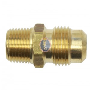 "Brass Fitting 38"" MPT x 1/2"" Flare"
